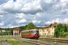 Aln772 (Paolo Brocchetti) Tags: nikon italia nuvole rail railway toscana giugno bahn stazione treno littorina trenitalia 2016 automotrice d810 trenonatura aln772 paolobrocchetti