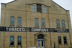 Former Tobacco Company (Cragin Spring) Tags: sign ghostsign ghost building warehouse oldbuilding architecture tobacco windows wisconsin wi midwest edgerton edgertonwisconsin edgertonwi unitedstates usa unitedstatesofamerica