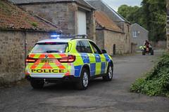 Police Scotland Traffic Car - SF16OCZ - Callsign 'TR04' (_AlanCurran) Tags: trunkroad roadpolicing marked sf16ocz tr04 x5 bmw car traffic policescotland scotland police