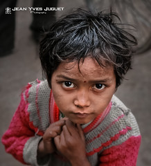 Street children in Kolkata (West Bengal - India) - Enfant des rues  Calcutta (Bengale Occidental - Inde) ( Jean-Yves JUGUET ) Tags: street india children enfant kolkata rues calcutta inde westbengal bengaleoccidental