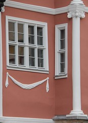 (:Linda:) Tags: window germany town pillar garland thuringia pilaster schleusingen