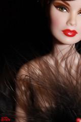 Spicy girl....? (Sidia09) Tags: fashion veronique burlesque perrin royalty dollportrait integritytoys fulspectrumveronique