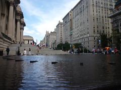 201409103 New York City Upper East Side Met Museum (taigatrommelchen) Tags: city nyc newyorkcity urban usa ny newyork building fountain museum manhattan icon uppereastside 20140936