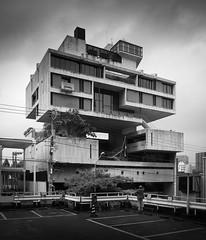 kuwait embassy (schromann) Tags: japan architecture modern concrete japanese contemporary embassy kuwait beton brutalist kenzo brut botschaft tange 201409japan