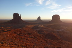 DSC05501 (tammyloh) Tags: travel family arizona sunrise az navajo monumentvalley reservation 2014 monumentvalleynavajotribalpark grandcircle