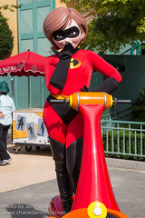 DLP Sept 2014 - The Incredibles Hit the Road (PeterPanFan) Tags: travel autumn vacation france fall canon europe character disney september pixar theincredibles characters sept elastigirl disneylandparis mrsincredible dlp 2014 disneylandresortparis waltdisneystudios disneycharacters disneycharacter marnelavallée waltdisneystudiospark disneyparks meetgreets meetandgreets theincrediblesmovie helenparr canoneos5dmarkiii charactermeetandgreets theincredibleshittheroad incredibleshittheroad
