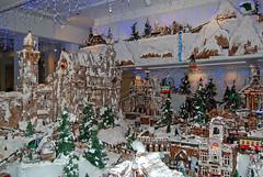 Gingerbread Village (jcc55883) Tags: christmas hawaii nikon waikiki oahu gingerbread sheraton yabbadabbadoo d40 melekalikimaka princesskaiulanihotel nikond40 gingerbreadvillage chefralphbauer