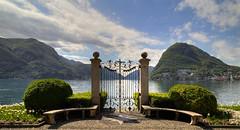 The heaven's door? (Alex Switzerland) Tags: primavera canon landscape eos schweiz switzerland tessin spring ticino lugano paesaggio cancello 6d ceresio ciani