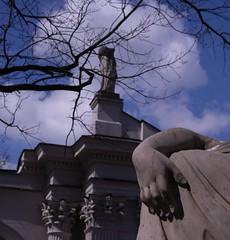 Rka / Hand (dochtuir) Tags: summer sculpture architecture royal residence rzeba architektura azienki krlewskie