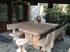IMG_1157 (serafinocugnod) Tags: legno tavoli