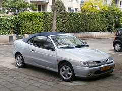 Renault Megane cabriolet 1998 (a.k.a. Ardy) Tags: softtop tjfj79