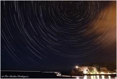 Puerto de Soller (Frabairod) Tags: nightphotography night noche tokina 6d canon starstrails polar polaris circumpolar stars estrellas lighthouse faro majorca mallorca soller portdesoller puertodesoller