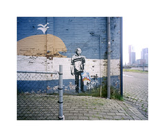 albert (ha*voc) Tags: urban film mediumformat graffiti rotterdam einstein rangefinder 6x7 220 urbanfragments fujiprovia100 mamiya7ii 43mm katendrecht urbanentropy