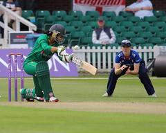 Womans_ODI_0059 (john.mallett) Tags: cricket ecb odi englandvpakistan womanscricket englandwoman fischercountyground