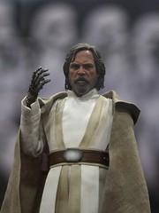 Luke Skywalker (Han Shot First) Tags: lukeskywalker sandiegocomiccon2016 sdcc2016
