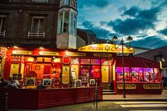 Essen wie Gott in Frankreich (Seahorse-Cologne) Tags: tretat dpartementseinemaritime regionnormandie normandie france le soir evening eating lighting restaurant centre ville frankreich dinnering old town