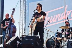 The Lucky Dados (Buzo666) Tags: hdc843rockinfest alcorcn madrid rock rockroll rockabilly blues country guitarrista guitarra instrumentodecuerda escenario peopleperformingarts flashderelleno contraluzconflash retroamericana stage theluckydados