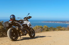Let the kids ride (Suguru Nishioka) Tags: motorcycle ducati hyperstrada hypermotard supermotard touring stinson beach