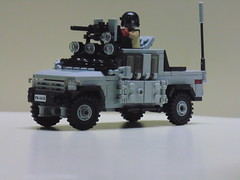 District 9ish truck (Womack'n'cheese) Tags: lego aliens technical tt humans d9 district9 minifigcat tinytactical eclipsebircks