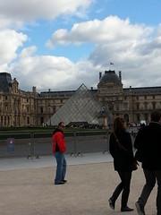 The Pyramide du Louvre (floss_green) Tags: paris france louvre pyramidedulouvre