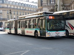 4957 Paris 12/04/14 (Csalem's Lot) Tags: man paris bus articulated ratp lionscity roissybus boulevardehaussmann