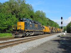 CSX 4055 (Trains & Trails) Tags: railroad train pennsylvania mow signal broadford rebuilt csx fayettecounty emd 4055 loram darkfuture sd403 maintenanceofway standarcab yn3b