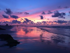 5-30-16 Sunrise (ThursdayGirl) Tags: ocean galveston sunrise pinksky pinkclouds