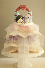 owl and penguin Wedding Cake Topper-love owl and penguin (charles fukuyama) Tags: wedding bird clay custom weddingceremony sculpted manchot chouette   ringpillow weddingcaketopper weddingarch handmadecaketopper birdcaketopper flowersarch penguincaketopper animalscaketopper owlcaketopper kikuike