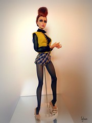 Cameo (Sylvano Bradshaw) Tags: fashion star doll dolls supermodel style ag cameo hackney couture generation collector solitaire avantguard generationx sybarite culte superdoll superfrock fashionroyalty ficon avantguards fr16