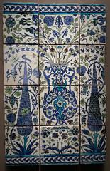 Blue, white and green garden - Iznik tiles (Monceau) Tags: iznik tiles blue green vase trees flowers garden institutdumondearabe jardinsdorient exposition paris