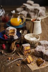 IMG_9265_exp (Helena / Rico sin Azcar) Tags: lamington vanilla vainilla mermelada chocolate jam coconut coco australia bizcocho