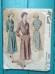 McCall's 7771 (kittee) Tags: kittee vintagesewing vintagepattern mccall mccalls mccalls7771 7771 size18 bust36 ladies misses dress nodate 1940s 1930s oldie pockets collar longsleeves 34sleeves shortsleeves cuffedsleeves wouldsell