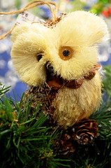 Thatch Owl [Nuremberg - 7 December 2014] (Doc. Ing.) Tags: christmas wood white germany bayern bavaria market nuremberg straw christmasmarket owl christkindlesmarkt nrnberg 2014 mittelfranken middlefranconia kthewohlfahrt
