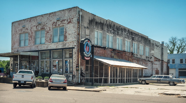 Ground Zero Blues Club building (c. 1920), view 01, 252 Delta Ave, 0 Blues Alley, Clarksdale, MS, USA