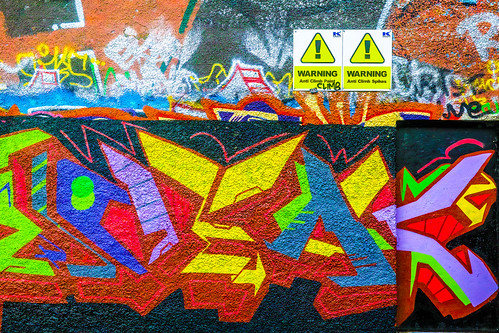STREET ART AT WINDMILL LANE CHRISTMAS 2014 REF-100876