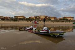 Tokina11116_firstlight_4 (M. Mndez) Tags: espaa sports atardecer andaluca playa surfing cadiz deporte corrales kitesurf rota