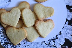 Butter cookies bunch at top by Chic n Cheap Living (little luxury list) Tags: cookies hearts dessert desserts recipes sugarcookies buttercookies