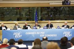 Presidential rostrum (PDE-EDP) Tags: logo fb marielle rond rutelli banderolle juncker bayrou sarnez cocilovo