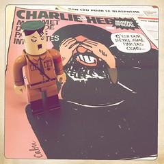 Satire (nefasth) Tags: toy comic sage adolph kozik jouet bandedessine designertoy charliehebdo cabu hipstamatic