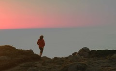 paseo 1 (oihanika) Tags: costa atardecer paseo galicia gallega pensativa