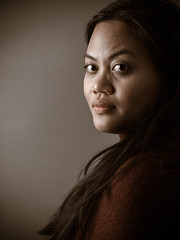 Indonesian woman (joycevanreijen) Tags: red portrait woman 6 cute netherlands girl face lady asian lumix asia g side 14 den nederland lips hague panasonic g6 brunette haag portret indo 42 indonesian 1442
