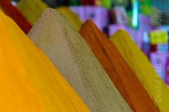 Monts et pices ... (oualid.rebib) Tags: color colors place market couleurs des mount spices maroc marrakech souk march couleur monts pices