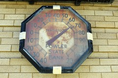 68 Degrees at 10 AM (Patricia Henschen) Tags: advertising colorado bank temperature thermometer fowler arkansasriver oterocounty usrt50 fowlerstatebank