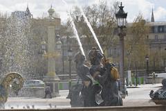 2016.04.14.043 PARIS - Place de la Concorde, fontaine des mers (alainmichot93) Tags: paris france statue seine architecture nikon ledefrance fontaine contrejour placedelaconcorde jetdeau 2016