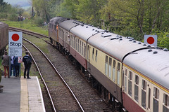 D1015 Okehampton (daveymills31294) Tags: champion railway class western tours dartmoor challenger 52 pathfinder okehampton d1015