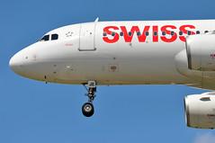 'LX43B' (LX0332) ZRH-LHR (A380spotter) Tags: approach landing arrival finals shortfinals threshold undercarriage landinggear nosegear belly airbus a320 200 hbije arosa swissinternationalairlines swr lx lx43b lx0322 zrhlhr runway27r 27r london heathrow egll lhr