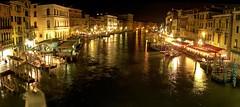 Venice, view from Rialto. (CyboRoZ) Tags: 2005 venice italy panorama water night italia panoramic ponte venezia rialto hp945 hp945c