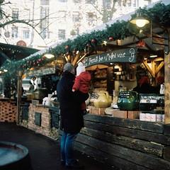 Christmas Market (deco_o) Tags: 2015 airesflexautomat analog film kodak portra160   centraleurope