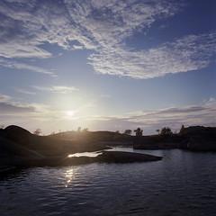 Grytan, Stora Nassa, Stockholm Archipelago (jonasfj) Tags: light sky sun color film n