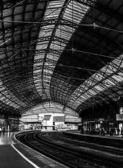 Ironwork (oliyh) Tags: roof station train bristol iron victorian rails vault templemeads girders brunel blinkagainfrontpage blinkwin20151